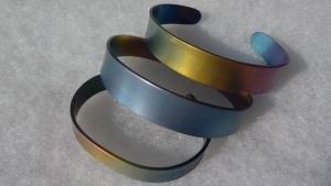 Titánium karkötők