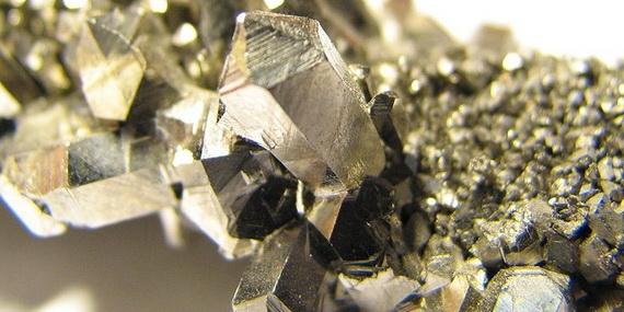 Nióbium kristály